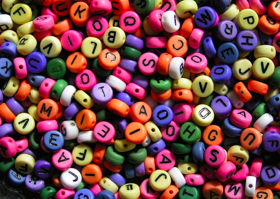 bolitas y letras